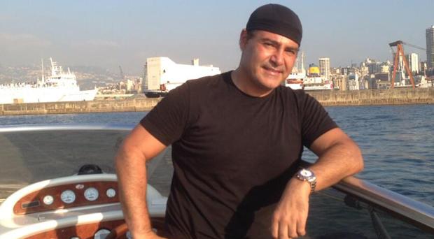 عاصي الحلاني يمضي يوماً من أجمل الأيام في بحر بيروت