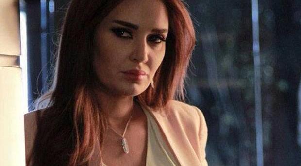 متابعة خاصة: سيرين عبد النور تثير غيرة ميس حمدان بذكائها وجمالها وزوجها يفقد صوابه