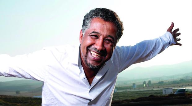 """عين الحسود تصيب الشاب خالد ويثير غضب الشعب المغربي بعد الجزائري والسبب """"الصحراء الغربية"""""""