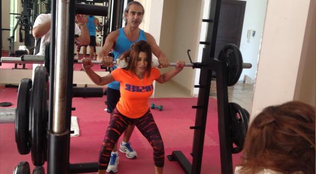 بالصور: نجوى كرم تفي بوعدها وتطلق حملتها لممارسة الرياضة