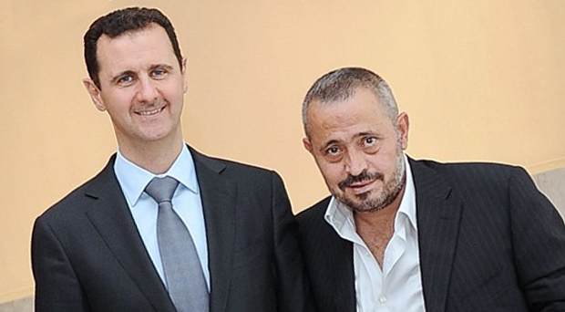 بالصورة: الرئيس بشار الأسد ينشر صورته مع سلطان الطرب جورج وسوف