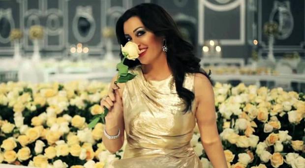 """بالفيديو: جديد لطيفة التونسية """"أسمر"""" باللهجة الخليجية"""