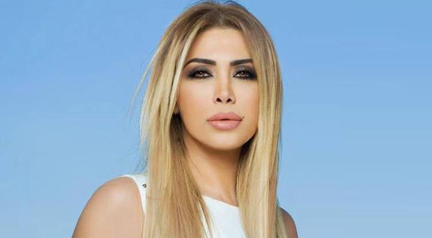 نوال الزغبي تنشر صوراً مع مصفف شعرها، تعلن عن تعلقها بكلبها مرّة جديدة وأغنية منفردة قريباً