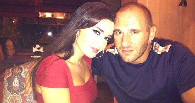 بالصورة: هكذا عايد فريد رحمة زوجته النجمة سيرين عبد النور