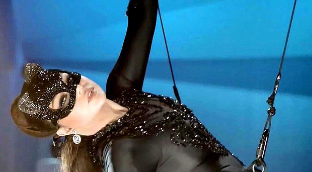 هيفاء وهبي: شركة أجنبية إختارت أغنيتين من ألبومي وعيب كبير في حياتي يدفعني لرؤية عيوب الناس جميلة
