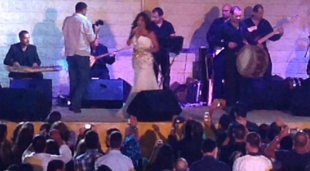بالصور: نجوى كرم تحدّت الأوضاع وأشرقت مساء الجنوب في أجمل الحفلات في النبطية