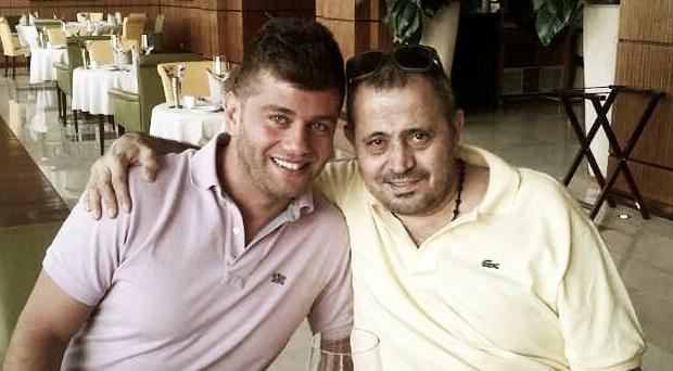 أولاً بالصورة: ربيع بارود ينشر صورته مع سلطان الطرب جورج وسوف في قطر