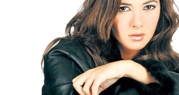 """بالصوت: دنيا سمير غانم تطرح أغنية """"لو كنت مكانك"""""""