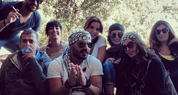 سيرين عبد النور تنشر فيديو لـ جوزيف عطية ومعه الدربكة وأحلى جمعة في طبيعة لبنان