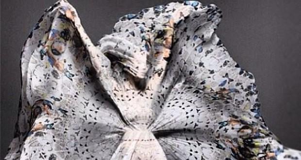 هيفاء وهبي في صورة غريبة، وتتّقن فن إطلاق سراحها