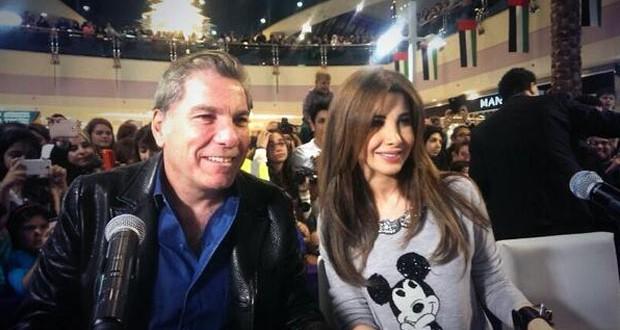 بالصور: نانسي عجرم أشعت أناقة وعفوية، أسرت الحاضرين ببراءة الأطفال ومظاهرات حبّ في أبو ظبي من أجلها