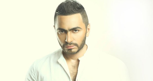 رغم إنسحابه الـ World Music Awards تقحم تامر حسني من جديد لحساب عمرو دياب
