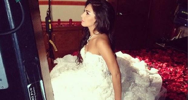 بالصورة: هل تزوّجت ميس حمدان؟