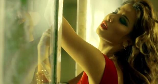 """خاص: نانسي عجرم حطّمت النصف مليون بإعلان """"ما تيجي هنا"""" في أيّام، ومعها موجة جديدة من الجاح"""