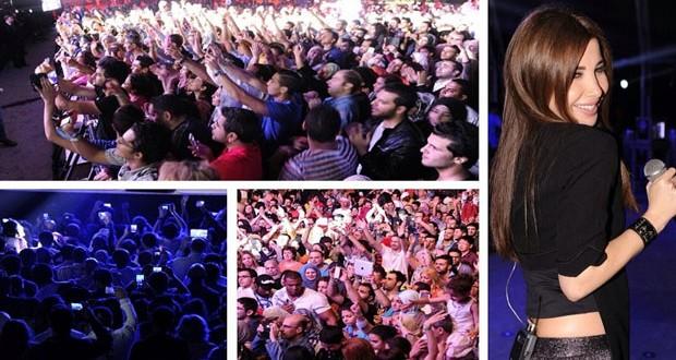 بالصور: نانسي عجرم خطفت الأنفاس في أبو ظبي وأشعلت المسرح جمالاً غناءاً ودلعاً