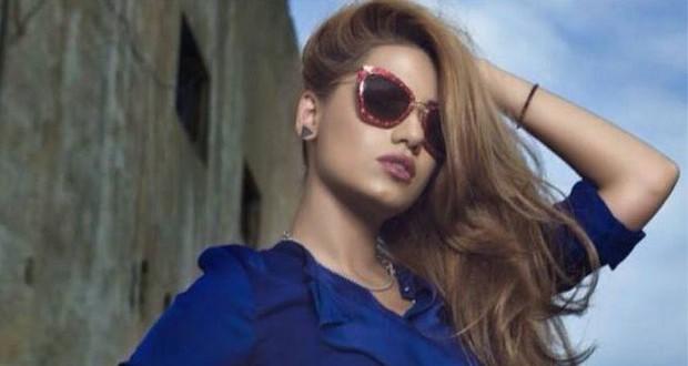 """بالصور: رحمة رياض ترسل الورود الى ستار وسيمور وتتوقّع الفوز لعراقي في """"The Voice"""""""