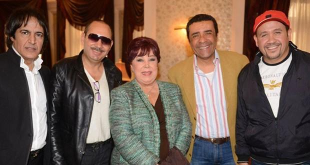 بالصور: هشام عباس أحيا حفل في الجامعة البريطانية في مصر وكُرّم  بحضور عدد من الفنانين