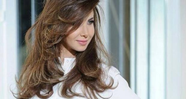 نانسي عجرم صوّرت الحلقة الأخيرة من تجارب الأداء وتتصدّر أغلفة المجلات العربية