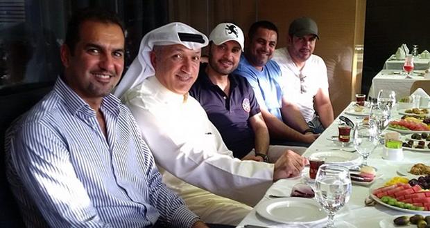 بالصورة: سالم الهندي ضيف ماجد المهندس على الغداء في دبي