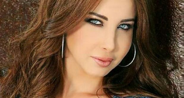 بالصورة: نانسي عجرم تحافظ على الصدارة وألبومها الأوّل عربياً بجدارة