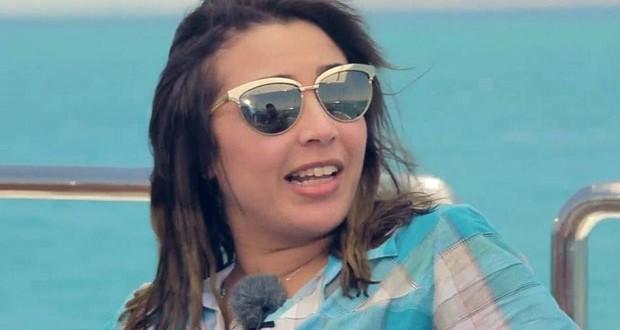 """بالفيديو: جنات تنهار، تصرخ وتبكي في """"رامز قرش البحر"""""""