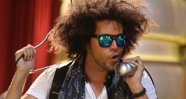 عبد الفتاح جريني واختلاف في الموسيقى والأداء والمغنى