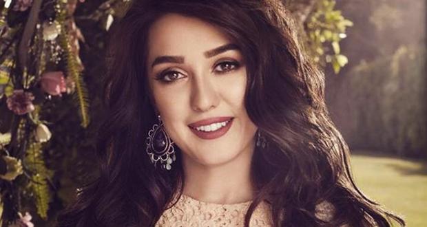كندة علوش تحتفل مع جمهورها بهذه المناسبة