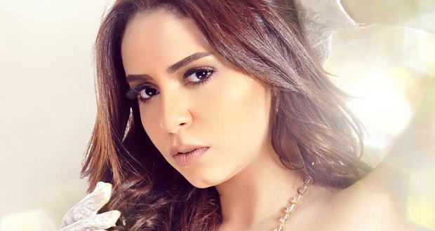 ياسمين نيازي تعود إلى جمهورها بألبوم جديد