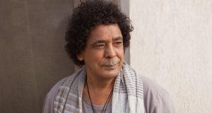 محمد منير يتعرض لوعكة مفاجئة.. استدعت نقله للمستشفى