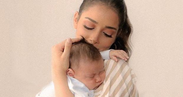 بلقيس تهدي طفلها الرضيع أغنية وكليب – بالفيديو