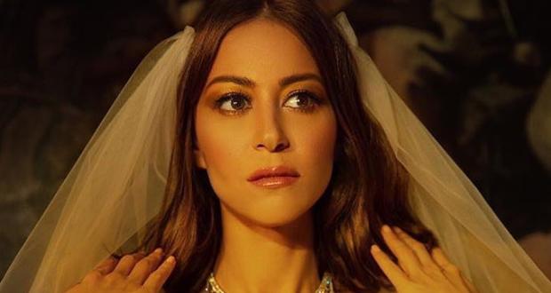 منة شلبي ترد على أنباء زواجها