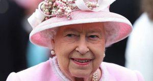 """""""الخدعة"""" التي تمنع تسميم طعام الملكة إليزابيث!"""