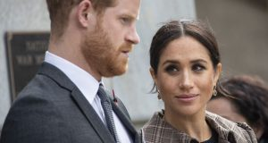 خطأ ملكي يعلن طلاق الأمير هاري وميغان ماركل