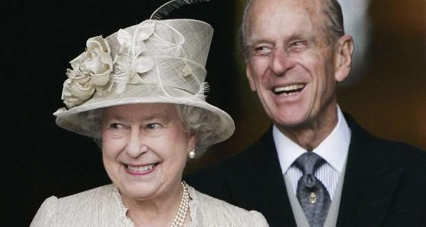 """""""لتجنب الشخير"""".. ملكة بريطانيا تنام في غرفة منفصلة عن زوجها!"""
