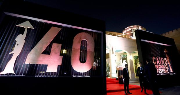 مهرجان القاهرة السينمائي يكرم ممثلا بريطانيا بمنحه جائزة فاتن حمامة