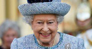 أمور ممنوع القيام بها بحضرة الملكة إليزابيت