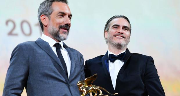 """فيلم """"الجوكر"""" يقتنص جائزة الأسد الذهبي في مهرجان فينيسيا السينمائي"""