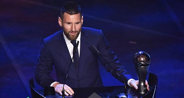 ميسي يحصد جائزة أفضل لاعب في العالم لعام 2019
