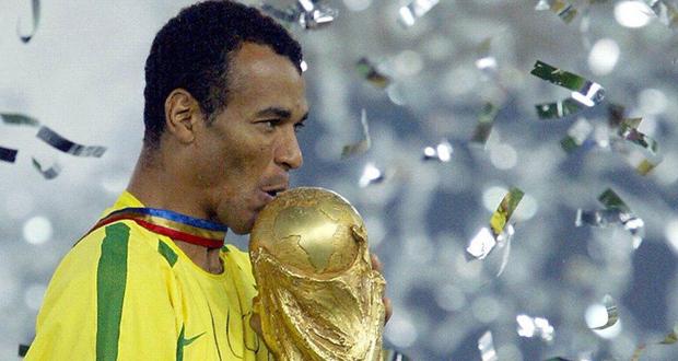 """وفاة نجل أسطورة البرازيل """"كافو"""" أثناء مباراة كرة القدم"""