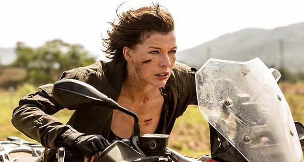 "فقدت ذراعها.. دوبليرة ""ميلا جوفوفيتش"" تقاضي منتجي فيلم RESIDENT EVIL"