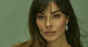 نادين نجيم تروي اللحظات المرعبة بعد إصابتها في إنفجار بيروت وخضوعها لجراحة عاجلة