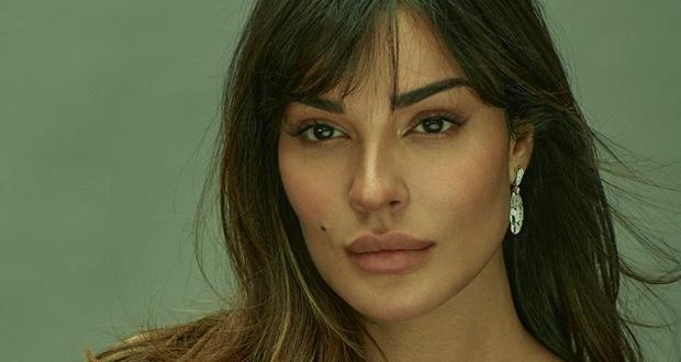 """نادين نجيم ترفع منسوب التشويق بصورة جديدة من كواليس """"عشرين عشرين"""""""