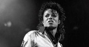 ضجة عارمة في مواقع التواصل الإجتماعي.. مايكل جاكسون على قيد الحياة؟