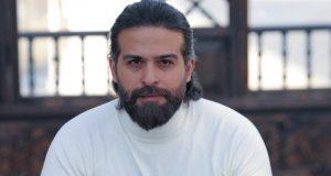 """محمود نصر يعود إلى ستينيات القرن الماضي في """"دفعة بيروت"""""""