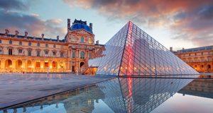 """""""متحف اللوفر"""" يعيد فتح أبوابه بعد إغلاق دام 16 أسبوعا"""