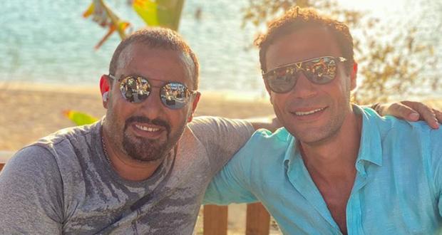 محمد إمام يثير التساؤلات بصورة مع أحمد السقا