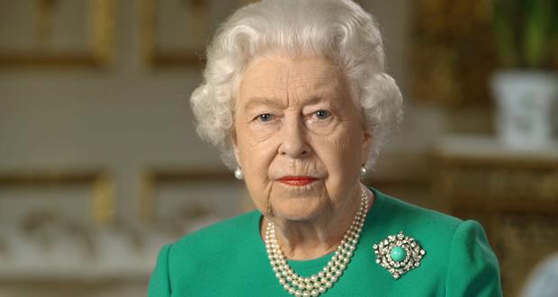 """الملكة إليزابيث الثانية تُعرب عن """"حزنها العميق"""" لانفجار بيروت"""