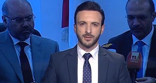 """مقدّم نشرة أخبار تلفزيون لبنان يستقيل على الهواء: """"قرفت منكم"""""""