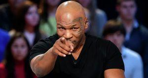 بالفيديو – الملاكم العالمي تايسون يقطع رأس منافسه ويلتهم أذنه بدم بارد