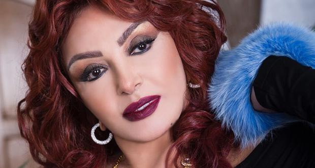 نبيلة عبيد تردّ على متابع هاجمها بسبب فيديو